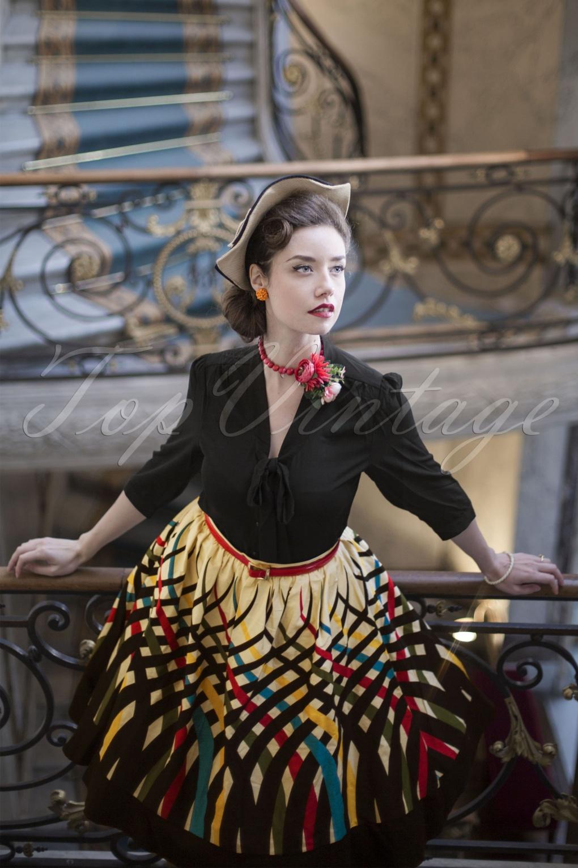 1960s Dresses: New 60s Style Dresses – Jackie O to Mod 60s Emma Border Swing Skirt in Cream £40.08 AT vintagedancer.com