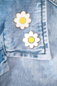 60s Daisy Gold Plated Enamel Pins in White