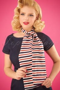 50s Hugo Striped Scarf in White and Navy