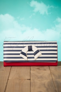 Dancing Days by Banned Sailor Clutch in Red 210 20 24107 12032018 008W