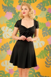 Banned Retro It's the Twist Dress Années 60 en Noir