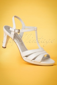 Tamaris White T strap Sandals 401 50 23428 14032018 057w