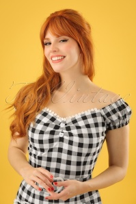 50s Dolores Gingham Top Carmen in Black and White