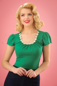 50s Debbie Daisy Top in Green