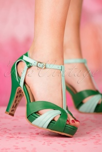TopVintage Boutique Collection Angie T Strap in Green 24402 27032018 005W
