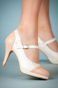 50s Sabine High Heeled Pumps in White
