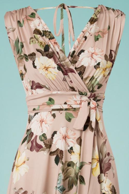 21f4ef6933720e Vintage Chic Slinky Floral Dress in Soft Pink 102 29 24490 20180330 0001V