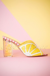 60s Loretta Smooth Nappa Pumps in Yellow and White