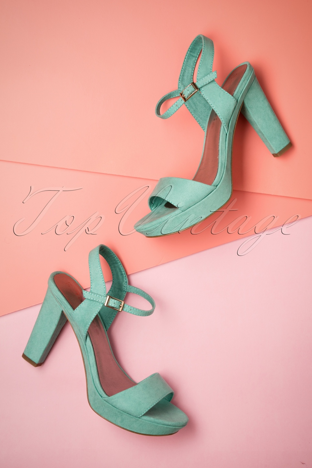 1950s Style Shoes 60s Mary Jane Platform Pumps in Mint £52.73 AT vintagedancer.com