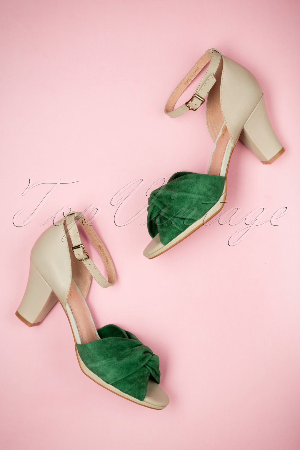 1950s Style Shoes 50s Evie Leather Peeptoe Pumps in Green £136.28 AT vintagedancer.com