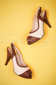 40s Luiza Pumps in Ivory and Brown