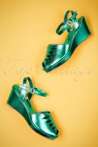 Lulu Hun Lily wedge in green 420 40 23780 18042018 005W