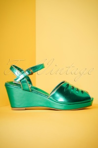 Lulu Hun Lily wedge in green 420 40 23780 18042018 003W