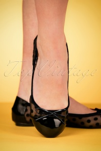 Butterfly Twists 60s Jessica Polkadot Foldable Ballerina in Black