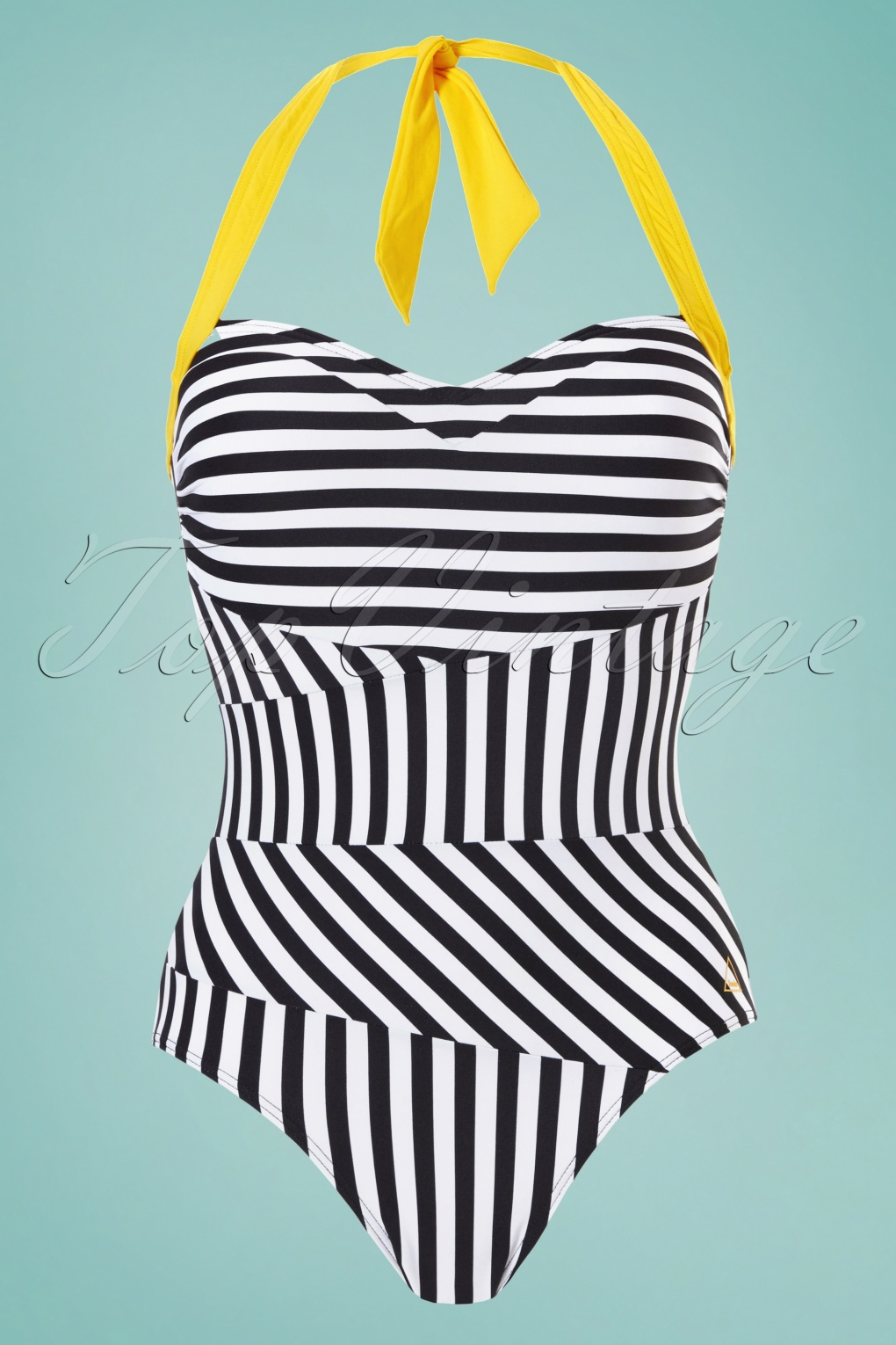 60s Swimsuits, Bathing Suits | Retro Swimwear 60s Beach Graphic Swimsuit in Black and White £79.11 AT vintagedancer.com