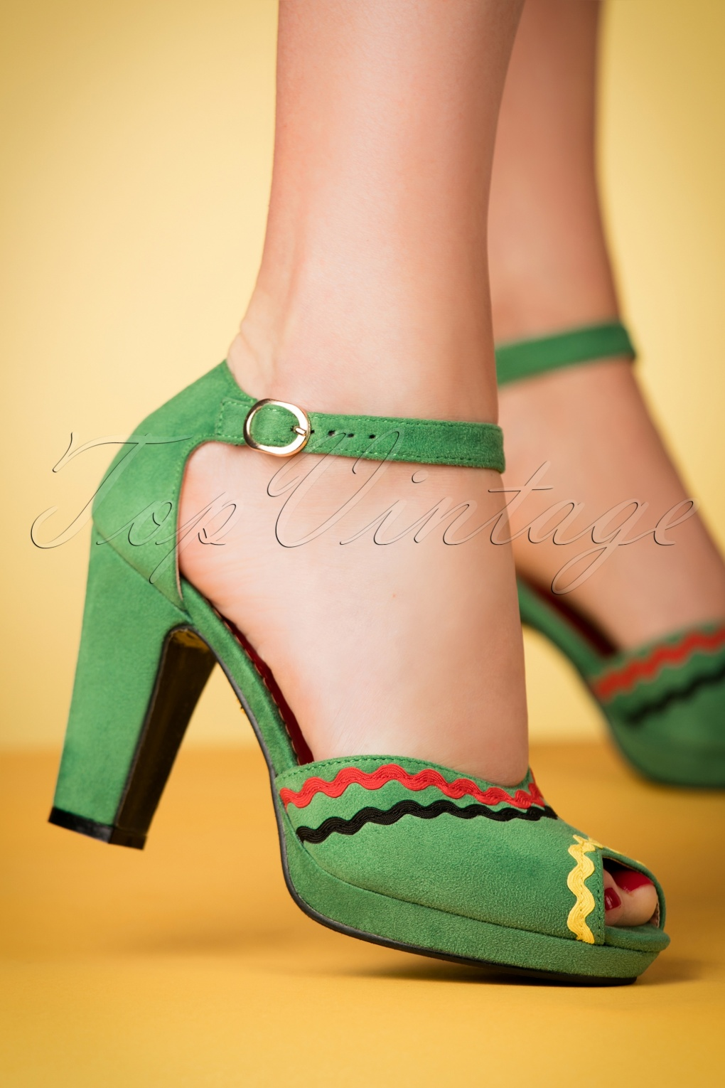 1950s Style Shoes 50s Lorena Peeptoe Pumps in Green £43.93 AT vintagedancer.com