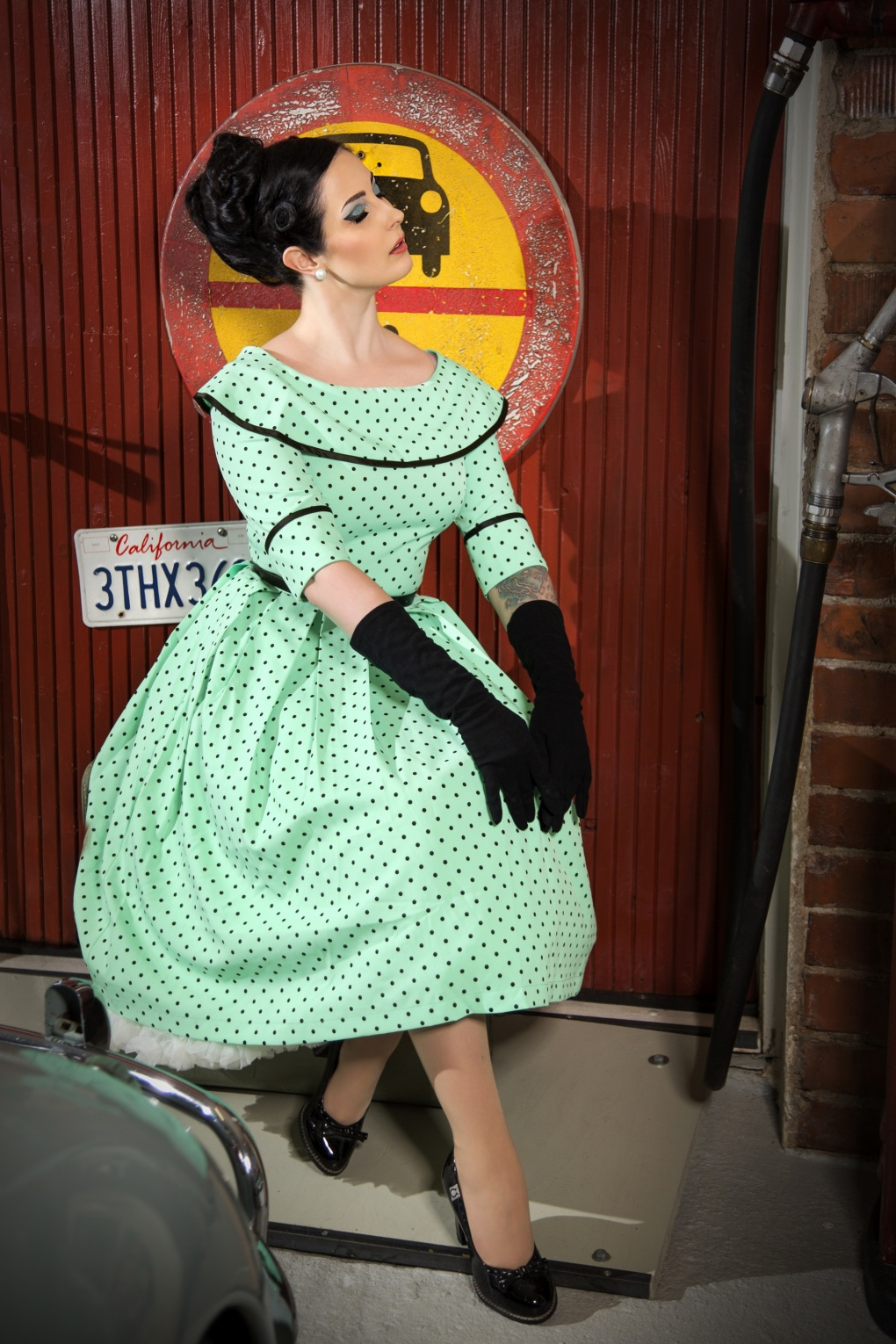 Pin Up Dresses | Pin Up Clothing 50s Ice Coffee Polkadot Swing Dress in Mint £135.87 AT vintagedancer.com