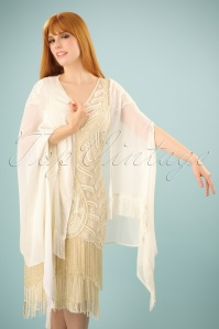 GatsbyLady Frindge Cape Shawl in Cream 142 50 24586 12052014 002