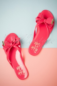 60s Lucky Bow Flip Flops in Pink