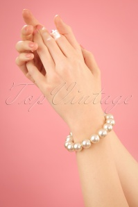 50s Barbara Big Pearl Bracelet in Cream