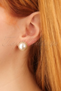 Barbara Big Pearl Earrings Années 50 en Crème