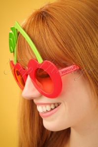 Sunnylife Cherry Sunglasses 260 20 24420 08052018 03W