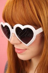 Glamfemme White Heart Sunglassses 260 50 25814 3W