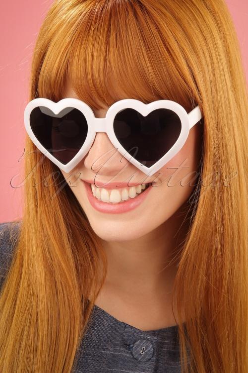 Glamfemme White Heart Sunglassses 260 50 25814 2W