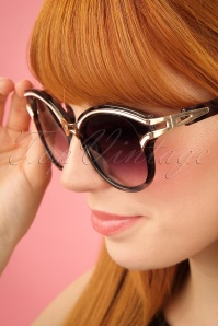 Collectif Clothing Kelly Winged Sunglasses 260 15 24368 08052018 02W