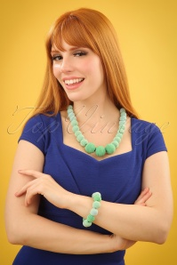 Darling Divine Short Necklace 300 32 24715 09052018 01W