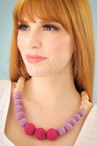 60s Beauty and The Beads Necklace in Pink