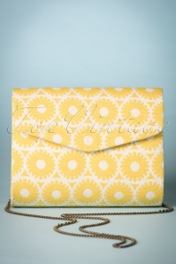 60s Retro Floral Enveloppe Clutch in Yellow