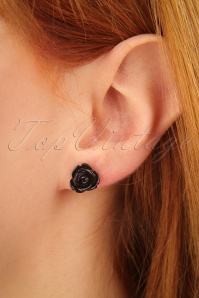 Glitz o Matic Black Red and White Roses Earrings 330 90 24945 09052018 02W
