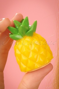 Sunnylife Pineapple Lip Balm 520 80 24413 08052018 02W