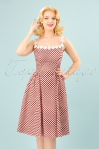 Dancing Days by Banned Red Daisy Dress 102 27 24302 20180327 04W