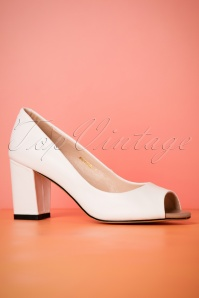 60s Westbourne Leather Peeptoe Pumps in White