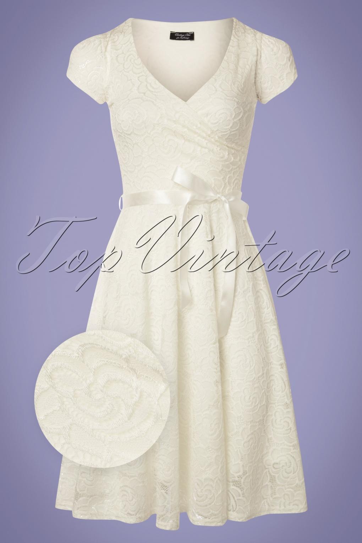 1950s Dresses, 50s Dresses | 1950s Style Dresses 50s Dorien Lace Swing Dress in Ivory £52.60 AT vintagedancer.com