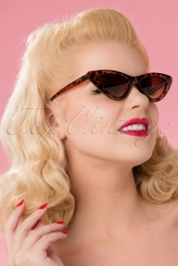 50s Alex Extreme Cat Eye Sunglasses in Tortoise