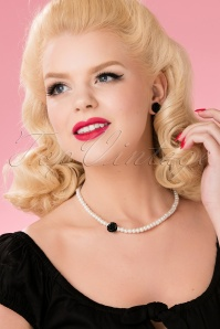 Glitz o Matic Pearl Black Rose necklace Earrings set 290 59 24938 18052018 008W