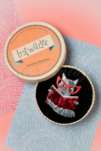 Erstwilder Puss in Books Brooch 340 27 26283 04062018 008W