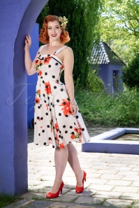 Hearts and Roses While Polkadot Floral Dress 102 59 24553 20180503 04W