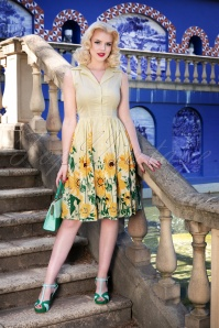 50s Sunflower Shirt Dress in Pastel Yellow