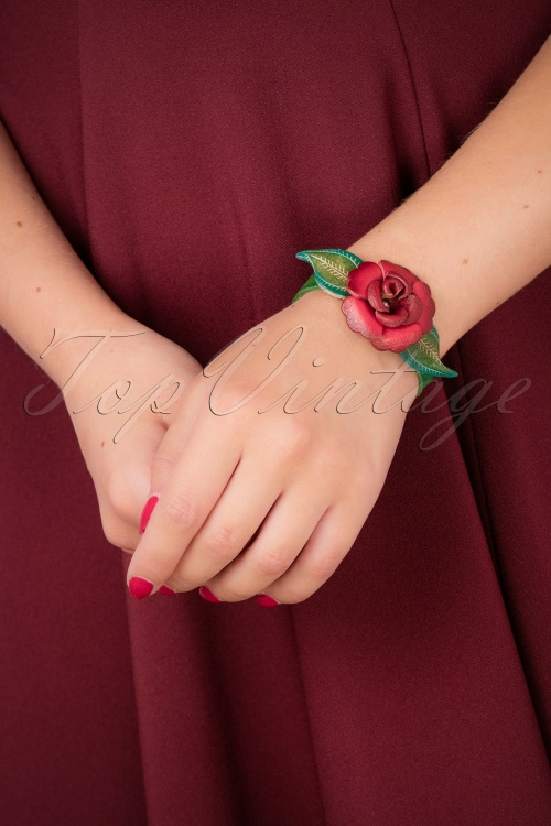 Urban Hippies leather rose bracelet 310 27 26593 07122018 012W