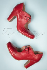 50s June Leather Mary Jane Pumps in Red