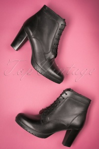 50s Dina Lace Up Leather Booties in Black