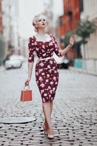 Ruby Floral Pencil Dress Années 50 en Bordeaux