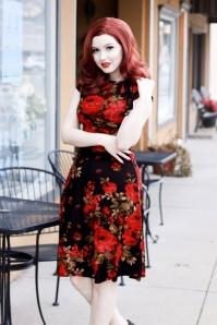 50s Bridget Red Roses Bombshell Dress in Black