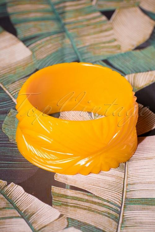 Splendette Wide Yolk Heavy Carve Fakelite Bangle 310 80 26585 08092018 002W