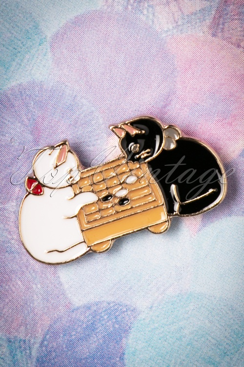 Collectif Clothing Cats Brooch 340 90 25559 20180807 0006w
