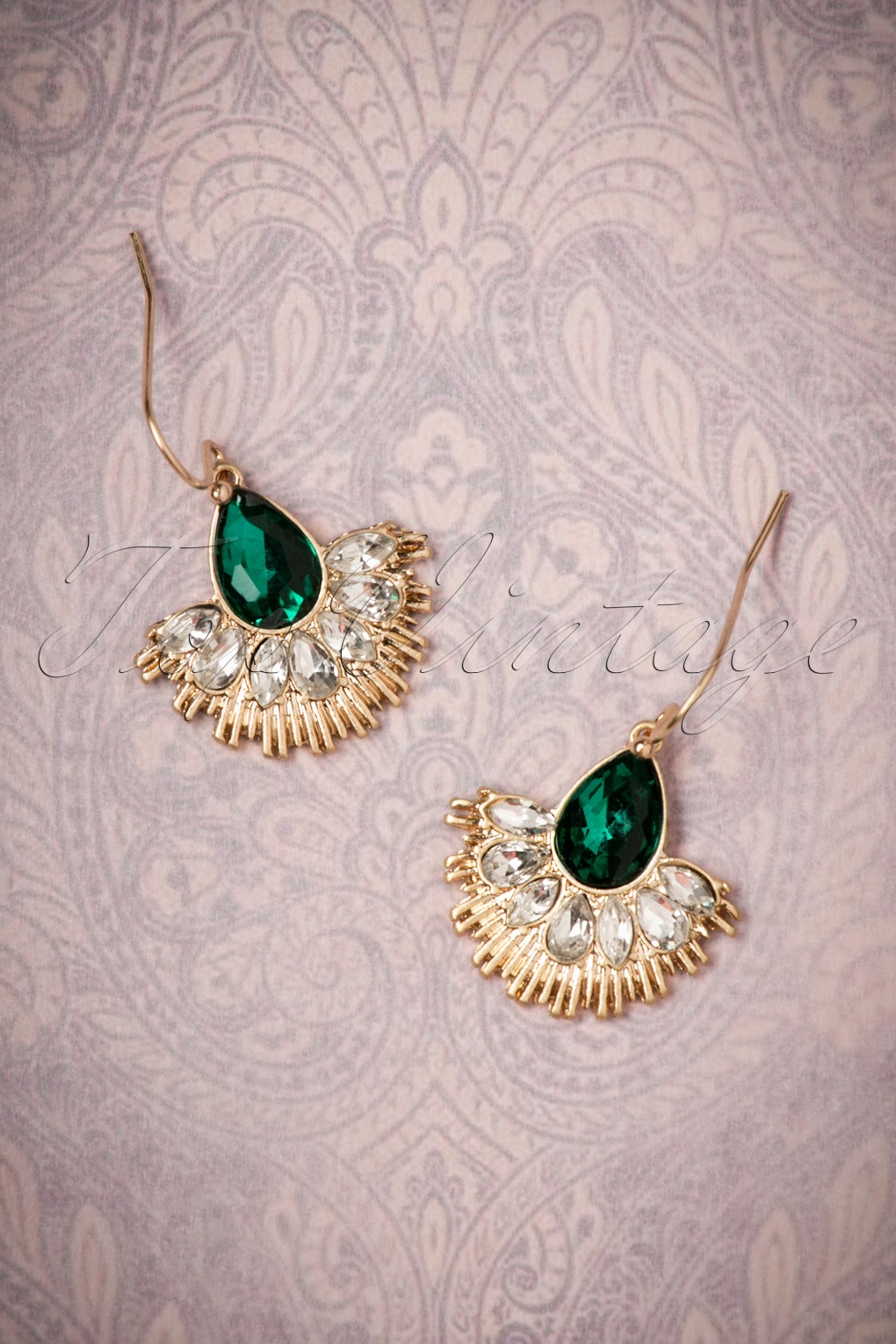 1920s Jewelry Styles History 20s Crystal Fan Drop Earrings in Gold and Green £17.06 AT vintagedancer.com